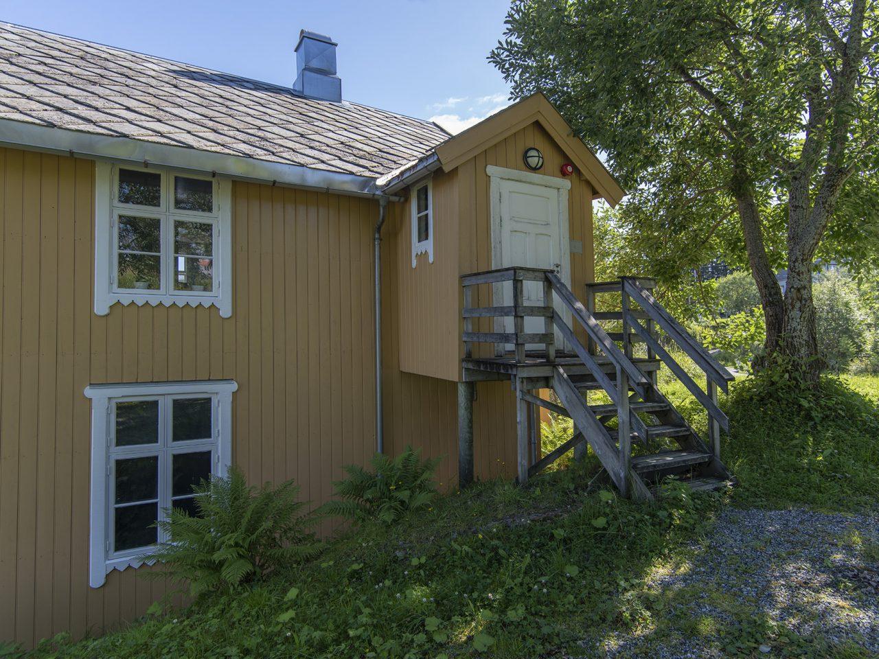 Bergh-brygga, Leirfjord