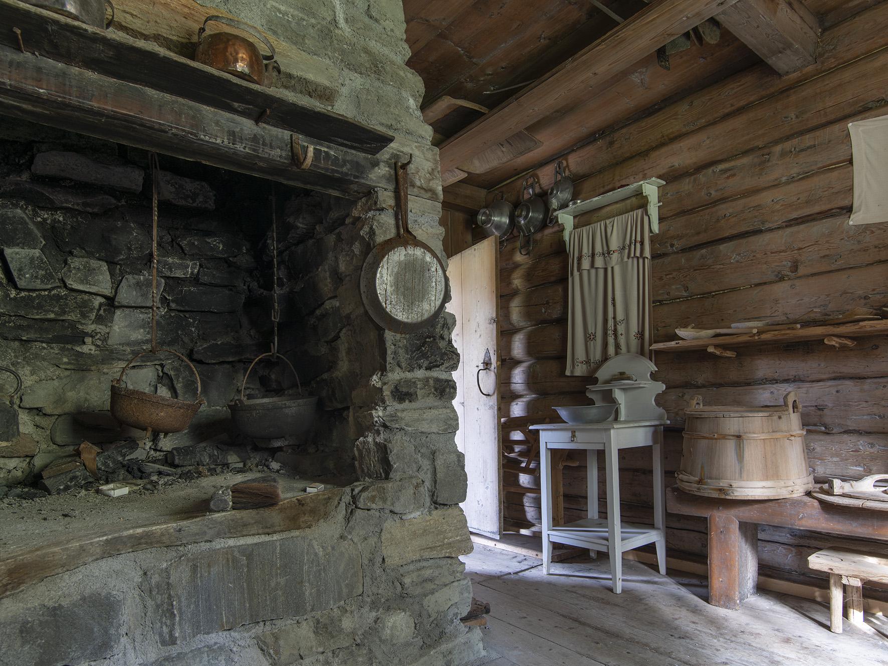 Kjøkken med grue, Grane bygdetun
