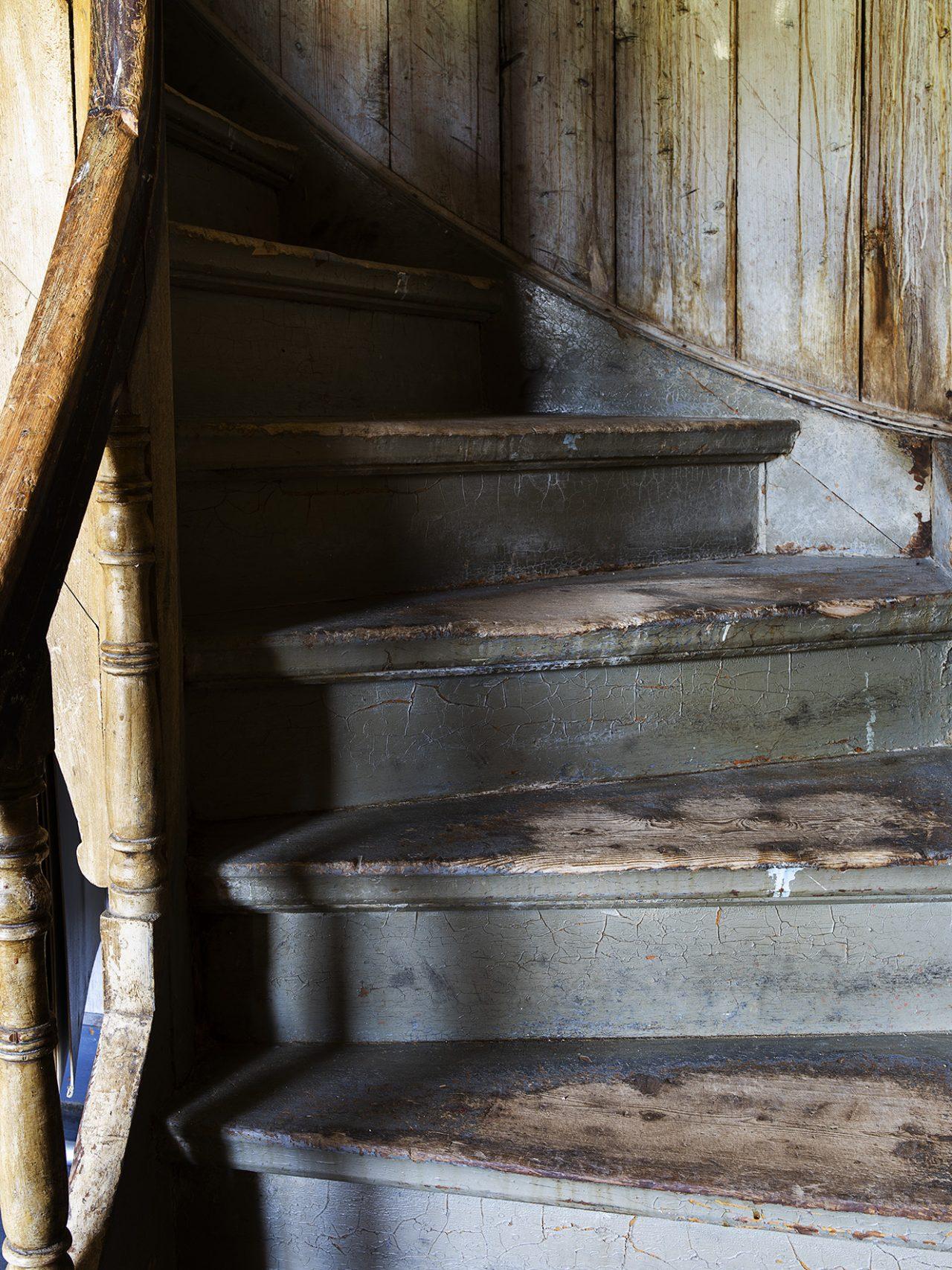 Trapp i Gammelskolen på Leland i Leirfjord