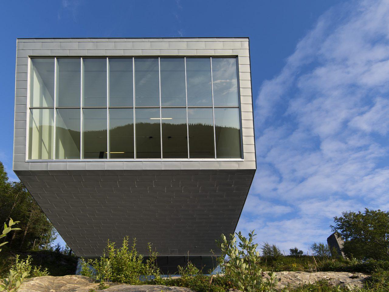 Petter Dass-museet sett fra sjøsiden