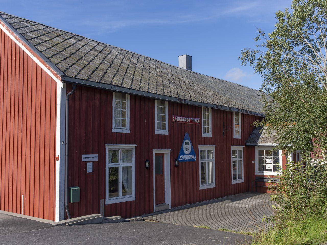 Wangbrygga i Bardal, Leirfjord