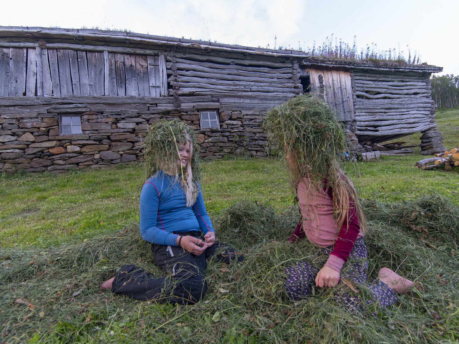 Barn på Bredek fjellgård