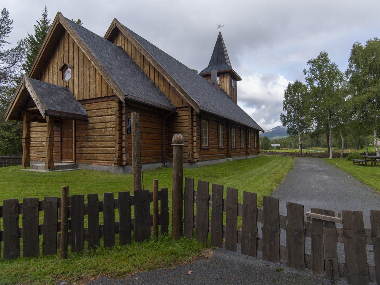Hattfjelldal. Susendal kirke
