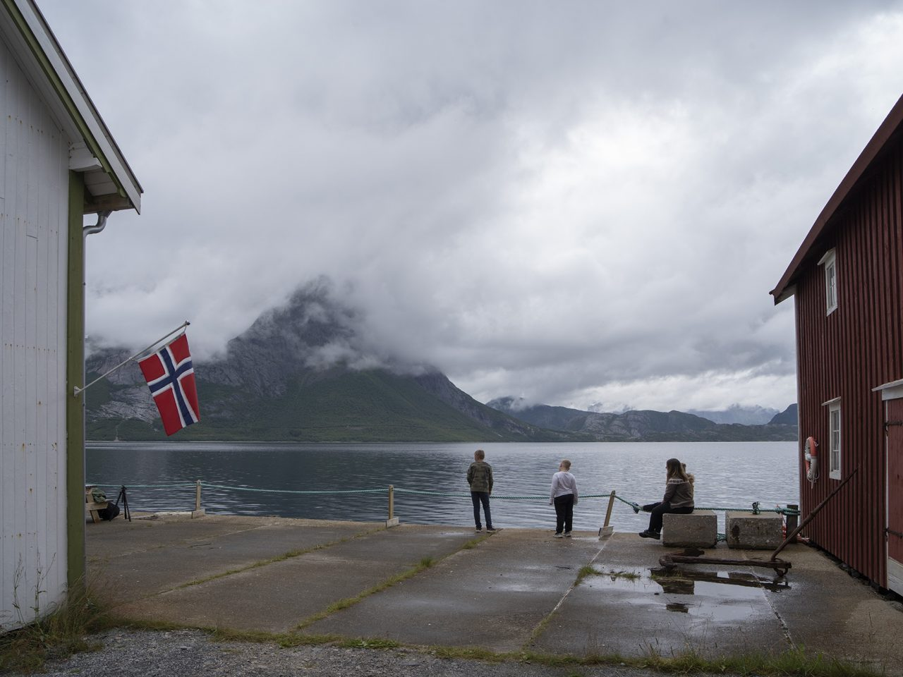 Utsikt fra Falch gamle handelssted, Rødøy.
