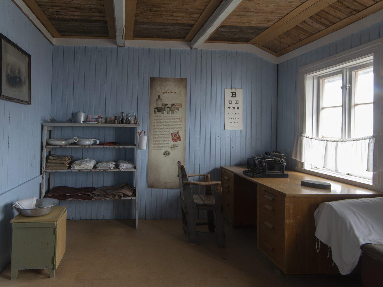 Det gamle legekontoret på Falch gamle handelssted, Rødøy
